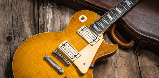 Gary-Richrath-1959-Gibson-Les-Paul-top-shot-wooden-floor@1400x1050-648x320